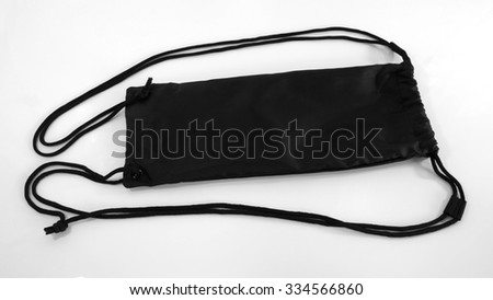 Bags tripods fabric black color have rope and when you close have lock 2 side