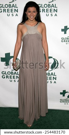 Bahar Soomekh attends the Global Green USA Pre-Oscar Celebration to Benefit Global Warming held at the The Avalon in Hollywood, California on February 21, 2007.  - stock photo