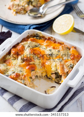 Baked rice with salmon and cheese