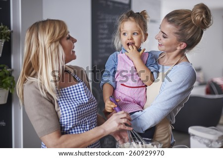 Baking with family is great way for boredom - stock photo