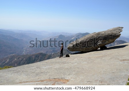 Balance rock in Sequoia National Park