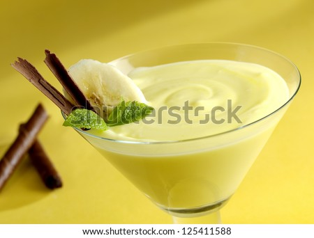 banana pudding - stock photo