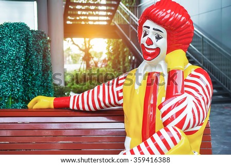 BANGKOK - DECEMBER 18 : ronald-mcdonald at McDonald's restaurant  on November 18, 2015 in Bangkok, Thailand - stock photo