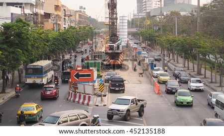 BANGKOK - July 14: Daily traffic jam in the afternoon on June 14 in Paholayothin road. Bangkok.2016 - stock photo