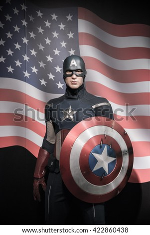 BANGKOK - OCTOBER 28: A waxwork of Chris Evans on display at Madame Tussauds on October 28, 2015 in Bangkok, Thailand. Madame Tussauds' newest branch hosts waxworks of numerous stars and celebrities.