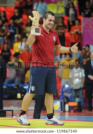 BANGKOK, THAIALND - NOV 18 : Stefano Mammarella of Italy ,won the Adidas Golden Glove in FIFA Futsal World Cup Thailand 2012 on November 18,2012 at Indoor Stadium Huamark in Bangkok Thailand.