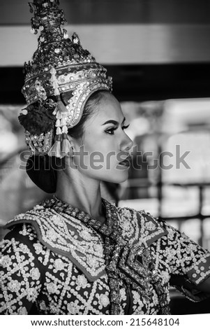 BANGKOK, THAILAND - AUGUST 11: Thai Traditional Dance in Bangkok, Thailand on August 11, 2014. The Dance prepared by worshipper in return when prayers are answered by the Brahma