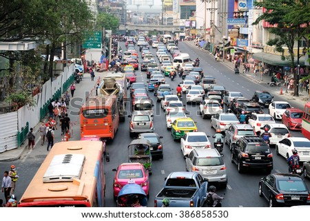 Bangkok Thailand - February 24, 2016 :Traffic congestion The problem needs to be solved in Bangkok