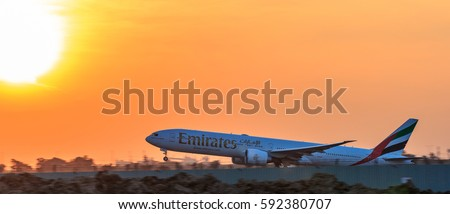 Dubai airport stock images royalty free images vectors shutterstock - Thai airways dubai office ...