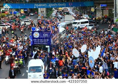 Bangkok, THAILAND - May 19, 2016: Leicester City arrive in Bangkok to heroes' welcome on Sukhumvit Road in May 19, 2016. Celebrations hit streets of Bangkok, Thailand.