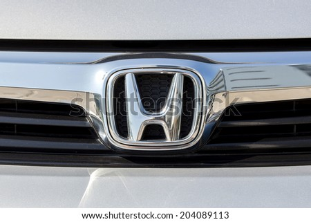 "BANGKOK,THAILAND - MAY 22,2014 : Logo of the brand ""Honda"" on car"