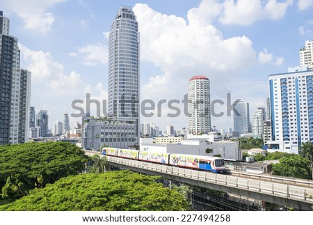 Bangkok - Thailand - Oct 31: electric train running through the sukhumvit area, which is the republic of the economy of bangkok on October 31.2014 at sukhumvit in bangkok - Thailand
