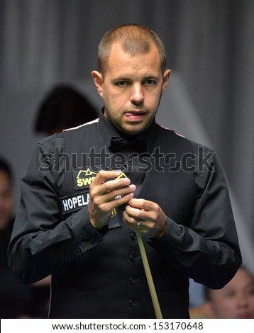 Bangkok, Thailand - SEP 3:Barry Hawkins of England participates in a Sangsom Six-red World Championship 2013 at Montien Riverside Hotel on September 3, 2013 in Bangkok, Thailand.
