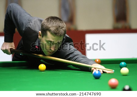 Bangkok, Thailand - SEP 2:Ben Judge of Australia participates in a Sangsom Six-red World Championship 2014 at Montien Riverside Hotel on September 2, 2014 in Bangkok, Thailand.