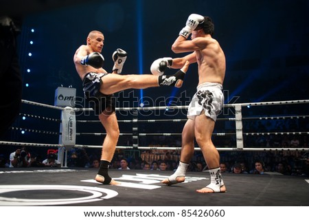 BANGKOK THAILAND-SEPT 25: Unidentified fighter in Muaythai.During the Thai Fight Muay Thai ...The World's Unrivalled Fight at Thammasat University stadium on September 25,2011 in Bangkok,Thailand - stock photo