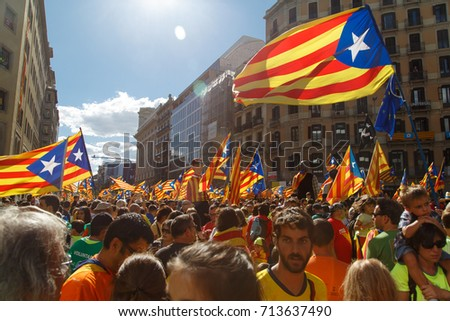 spain independence barcelona catalonia spain september 11 2017 stock photo 714015139