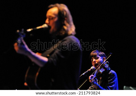 BARCELONA - FEB 20: Fanfarlo , an English band who have experimented with folk, electronica and alternative indie rock, concert at Barts stage on February 20, 2014 in Barcelona, Spain. - stock photo
