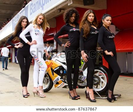 Resultado de imagem para PIT STOP GIRLS  gp spain