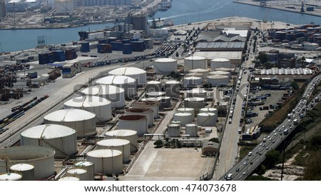 Barcelona LNG storage and loading port facility, Barcelona, Spain, July 2016