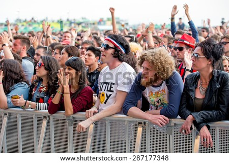 BARCELONA - MAY 29: People at Primavera Sound 2015 Festival on May 29, 2015 in Barcelona, Spain.