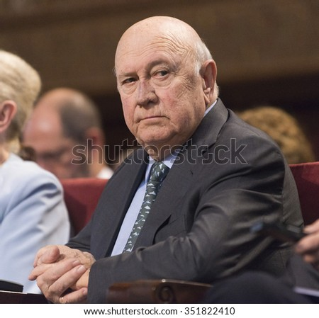 BARCELONA - NOVEMBER 13: Nobel Peace Prize in 1993 Frederick Willem de Klerk speaking at the 15th World Summit of Nobel Peace Laureates on November 13, 2015, Barcelona, Spain.
