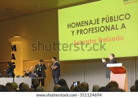 BARCELONA, SPAIN - NOV 1: The UFO investigator (ufologist), former Jesuit Salvador Freixedo, Magic Fair in the International receive a tribute after his presentation on November 1, 2015, in Barcelona