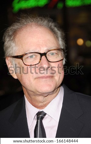 Barry Levinson at MAN OF THE YEAR Premiere, Grauman's Chinese Theatre, Los Angeles, CA, October 04, 2006