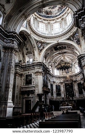 Basilique Santa Maria Maggiore de Bergame, Italy ( HDR image ) - stock photo