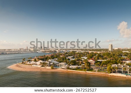 Beaches & skyline of the waterfront of Fort Lauderdale, Florida, USA