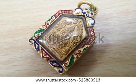 Beautiful Amulet Asia Accessor...