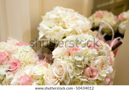 Beautiful bride and bridesmaid bouquets