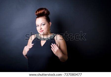 Mature erotic busty thumbs