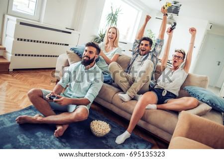 Free video couples tour amateur woman