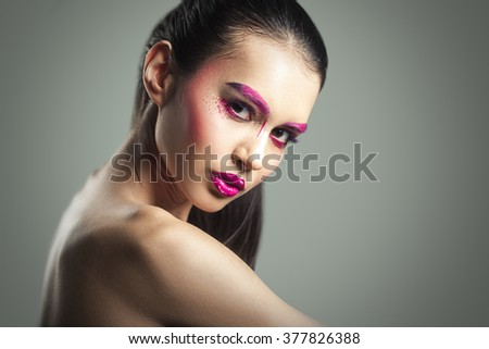 Beautiful Fashion Makeup Young Brunette Woman. Close up Photoshoot. Nice Skin Face
