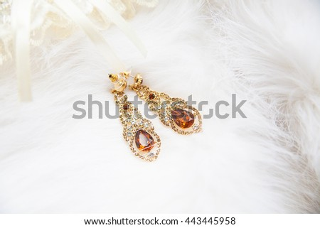 beautiful garter of the bride and wedding jewelry