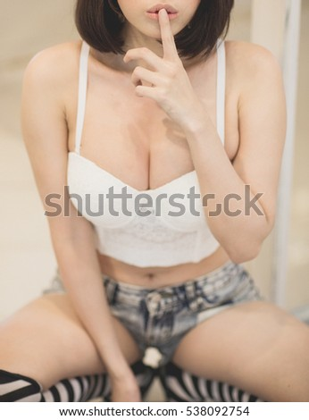 her a woman breast showing