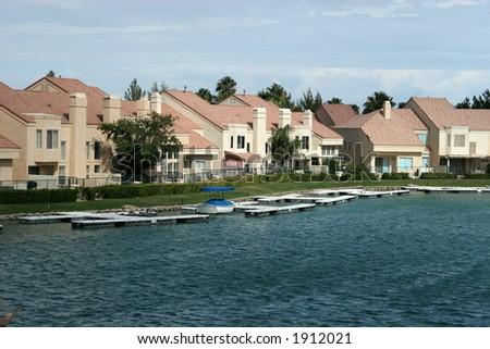 Beautiful lakefront homes - stock photo