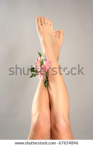 Beautiful legs with flowers