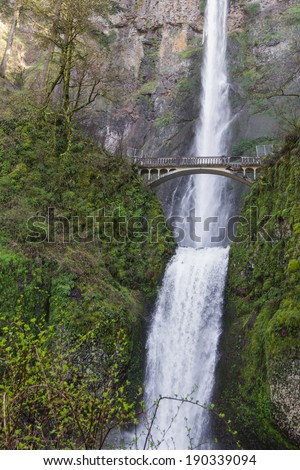 Beautiful Multnomah falls in the columbia gorge in Oregon after a rock damage the bridge in january 2014