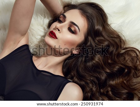 are there any real women in online dating