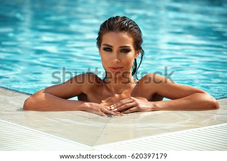 hot-day-sexy-girls-in-the-water-pictures