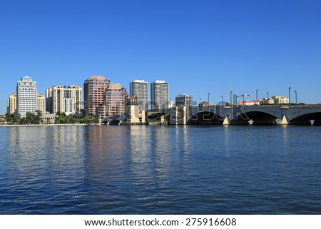 Beautiful skyline of West Palm Beach, Florida and the Royal Park Bridge
