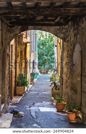 Beautiful street of of the old city of Provence