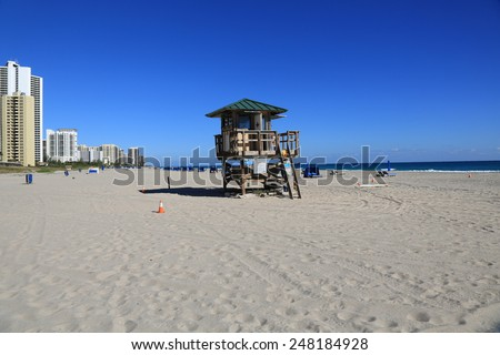 Beautiful tropical setting on the beach at Singer Island, Florida