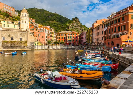 Beautiful Vernazza village in Cinque Terre National Park, Italy.