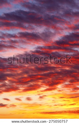 Beautiful view of sunset cloudy sky