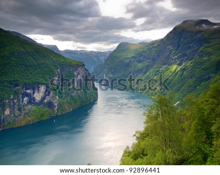 Beautiful view to the Atlantic ocean - Geiranger fjord