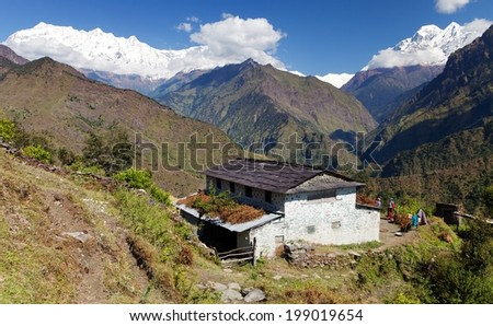 Beautiful village and Dhaulagiri himal - Guerrilla trek - Western Nepal