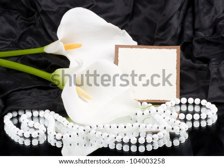 Beautiful white callas with banner add