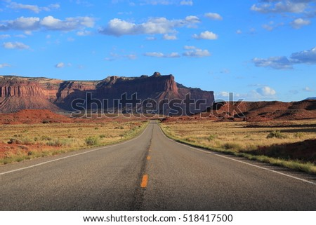 Beautiful Wild West, Roads of America